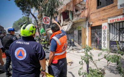 Alcaldía Benito Juárez atiende emergencia por derrumbe de inmueble ubicado en Tlalpan 1261